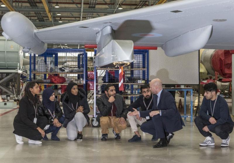 18 Omani Students Visit BAE Systems