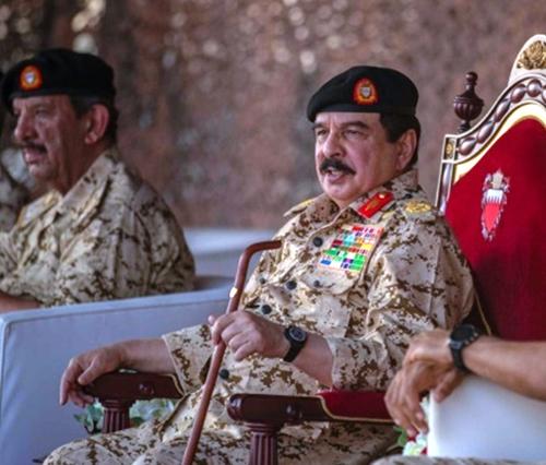 Bahrain's King Attends Royal Guard's Samoom 4 Drill