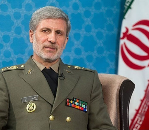 """Defense Minister: """"Iran Capable of Building Strategic Weapons"""""""