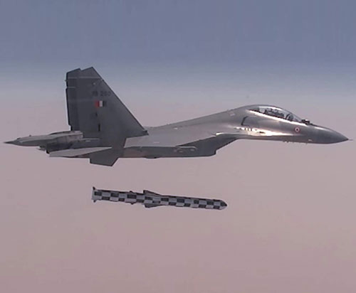 First Su-30 Jets With BrahMos Missiles Enter Service in India