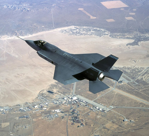 Harris Wins Lockheed Martin F-35, F-22 Supplier Award