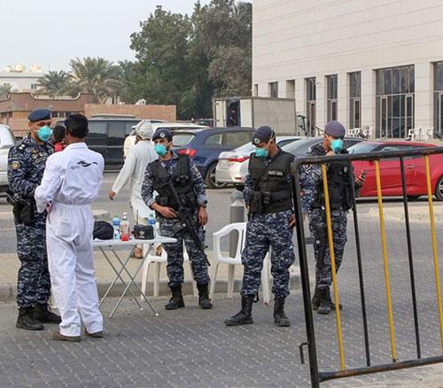 Kuwait's Chief-of-Staff Hails Soldiers for Coronavirus Efforts