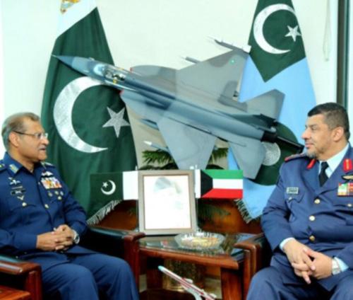 Kuwait Air Force Commander Visits Pakistan