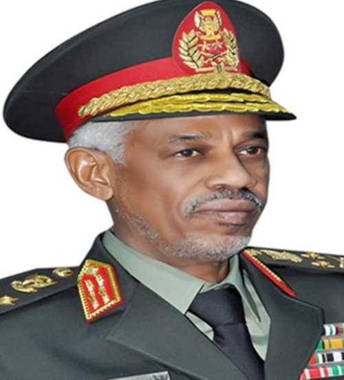 Sudan's Defense Minister Visits Qatar Emiri Air Force