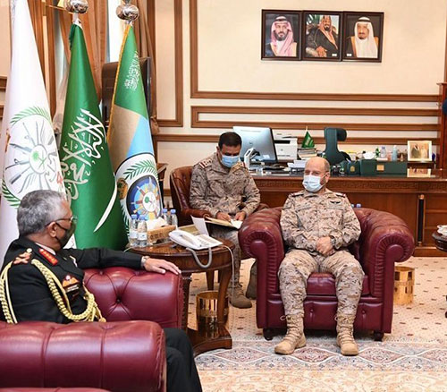 Saudi Chief of General Staff Receives Indian Counterpart