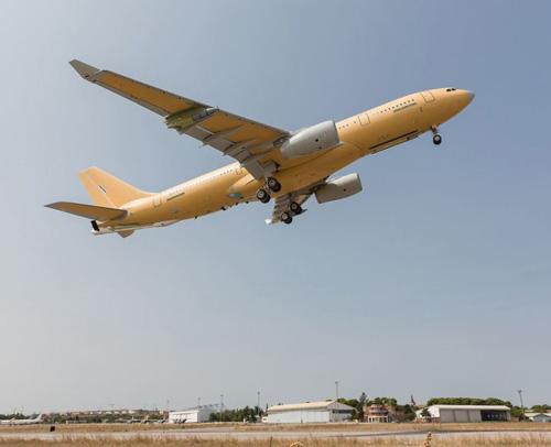 First A330 MRTT Phénix for France Makes Maiden Flight