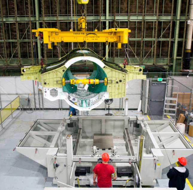 Lockheed Martin Delivers 200th F-35 Center Wing Assembly