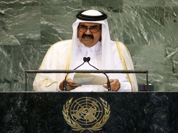 Qatar's Emir Calls for an Arab Intervention Force in Syria