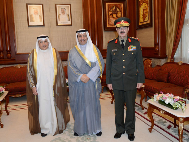 Kuwaiti, Canadian Military Officials Discuss Cooperation