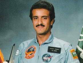 Prince Sultan bin Salman Awarded Space Explorers' Medal