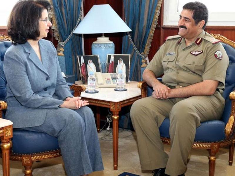 Qatar's Defense Minister Meets Outgoing U.S. Ambassador