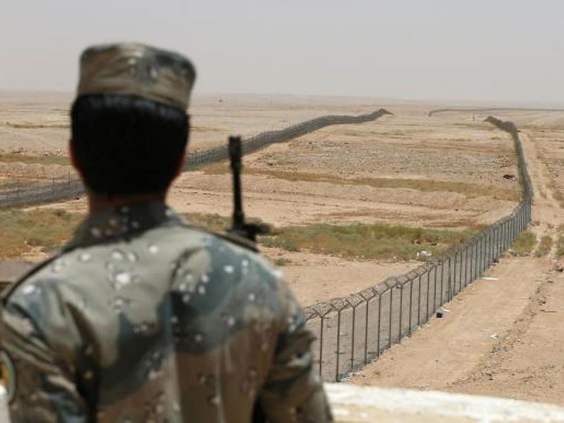 Saudi King Launches First Phase of Border Security Project