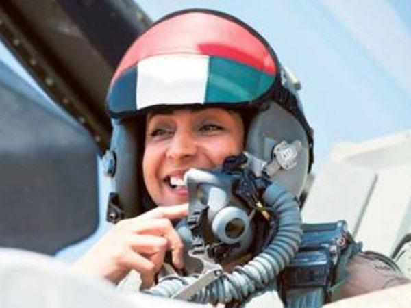 Sheikh Mohamed Honors 1st Emirati Female Fighter Pilot