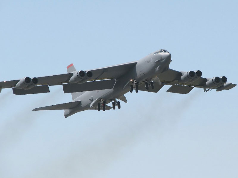 Boeing B-52 Bomber to be Enhanced with Digital Upgrades