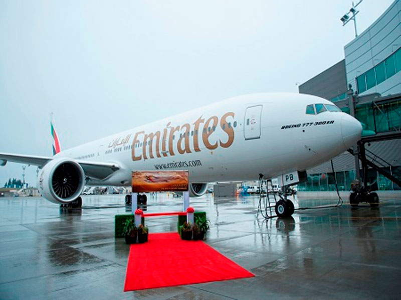 Boeing, Emirates Celebrate Airline's 150th 777 Delivery