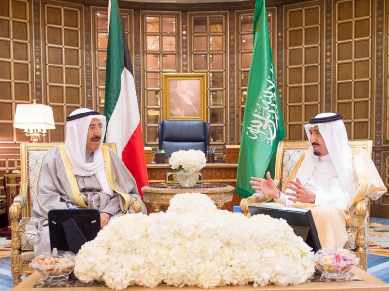 Saudi King, Kuwaiti Emir Hold Talks in Riyadh