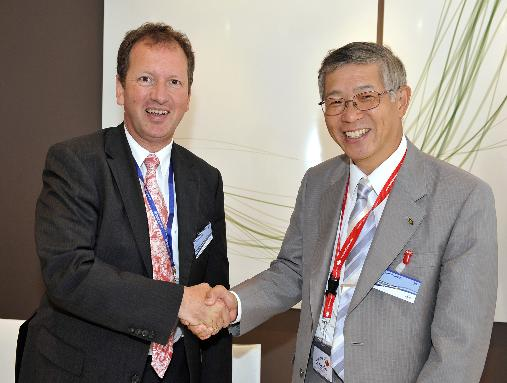 Eurocopter & Kawasaki Extend Cooperation