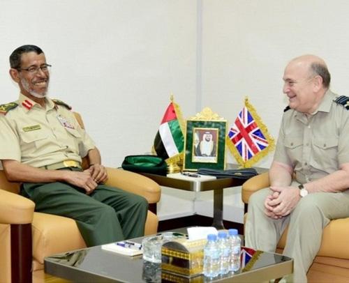 UAE Chief-of-Staff Receives Chief of British Defence Staff
