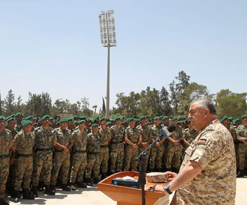 Jordanian Army Chief Visits Special Royal Guard Command