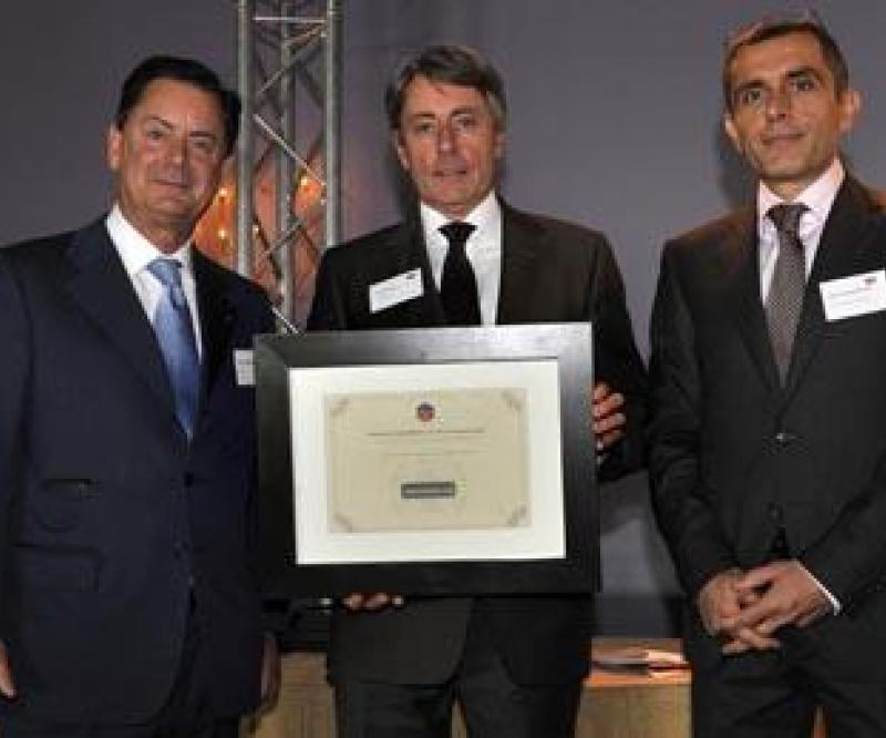 Vectronix wins the 2009 award for French development in Switzerland