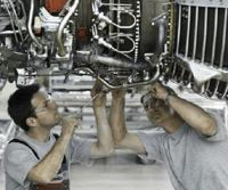 Mubadala Unit Wins Thomson Airways Deal