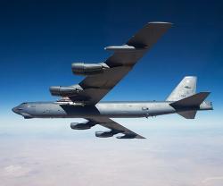 Boeing Selects Raytheon for B-52 AESA Radar Upgrade