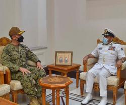 Commander of US Naval Forces Central Command Visits Oman