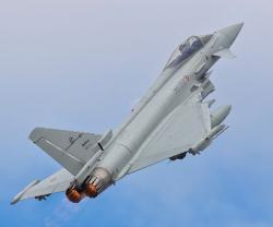 Four Italian Typhoons Deployed to Kuwait for ISR Missions