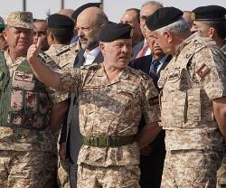 Jordanian King Attends Tactical Exercise by 1st Royal Guards Brigade