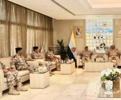 Kuwait's Chief-of-Staff Receives Qatari Counterpart