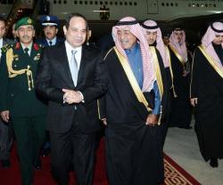 Egyptian President Makes Brief Visit to Saudi Arabia