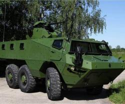 RENAULT TRUCKS Defense VAB ELECTER AT Eurosatory