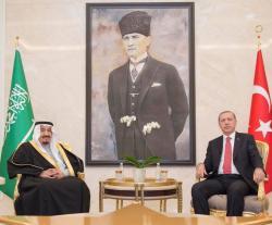 Saudi King Arrives in Turkey Following Historic Trip to Egypt
