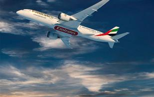 Emirates Orders 30 Boeing 787 Dreamliner Airplanes