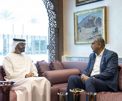 Abu Dhabi Crown Prince Receives Pakistan's Chief of Staff