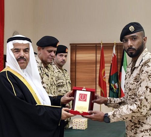Bahrain Defense Force, National Guard Hold Graduation Ceremonies
