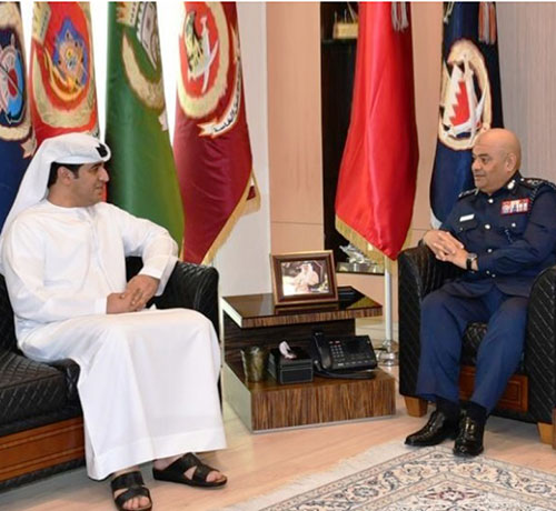 Bahrain Public Security Chief Meets INTERPOL's Regional Director
