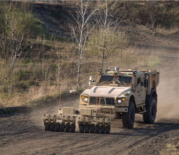Oshkosh Features TerraMax UGV Technology at AUVSI Conference