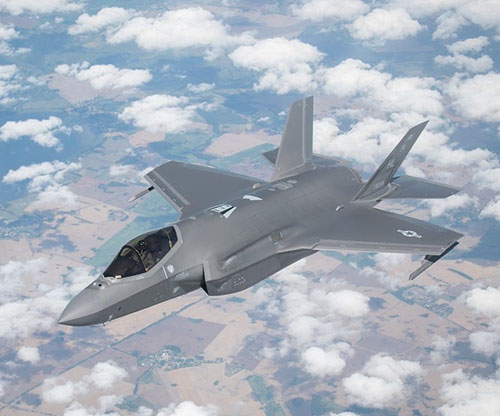 Pentagon. Lockheed Martin Agree to F-35 Sustainment Contracts