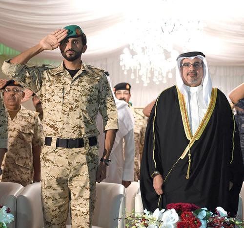 Bahrain Crown Prince Visits Royal Guard