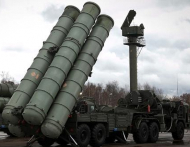 Turkey Signs S-400 Deal with Russia