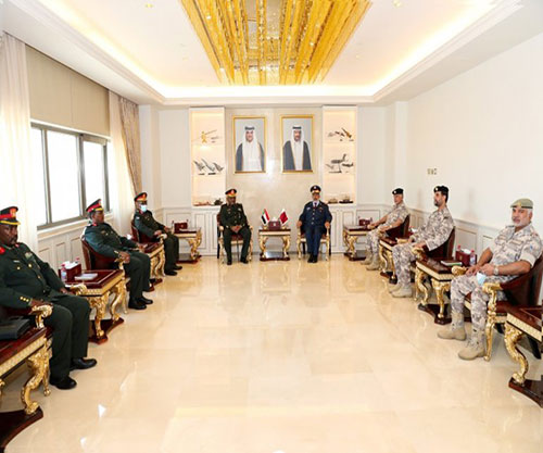 Qatar's Chief-of-Staff Meets Sudanese Counterpart