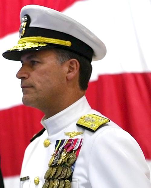 Qatar Defense Minister Meets US 5th Fleet Commander