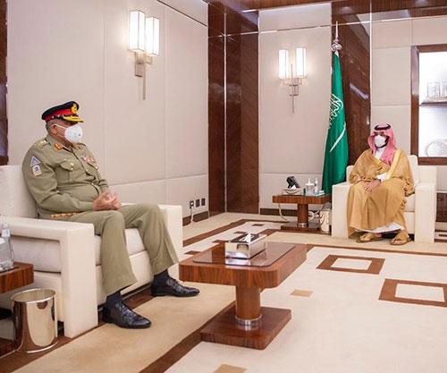 Saudi Crown Prince, Deputy Defense Minister Receive Pakistan's Chief of Army Staff