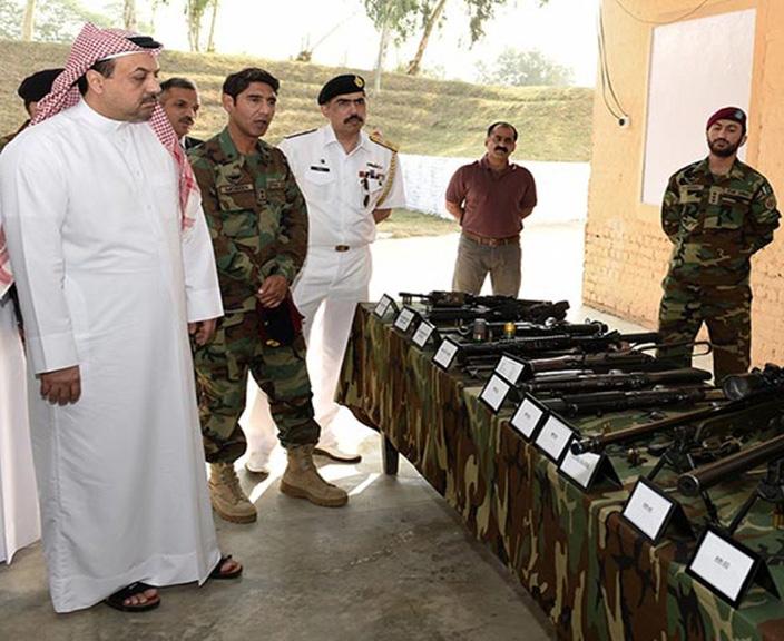 Qatar's Minister of Defense Visits Pakistani Military Facilities