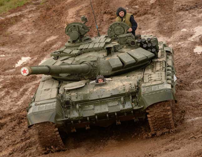 """Armata's """"Electronic Brain"""" to be Fitted to T-72, T-74 Tanks"""
