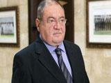 Lebanon Defense Minister Alerts on Qaeda Infiltration