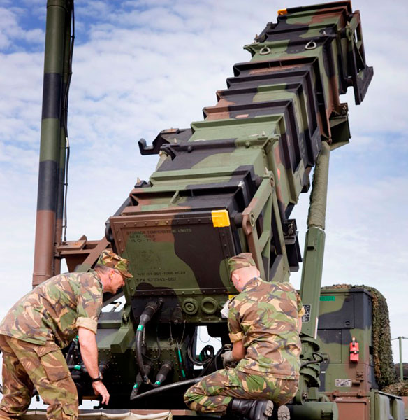 Panetta Signs Order to Send Patriot Missiles to Turkey