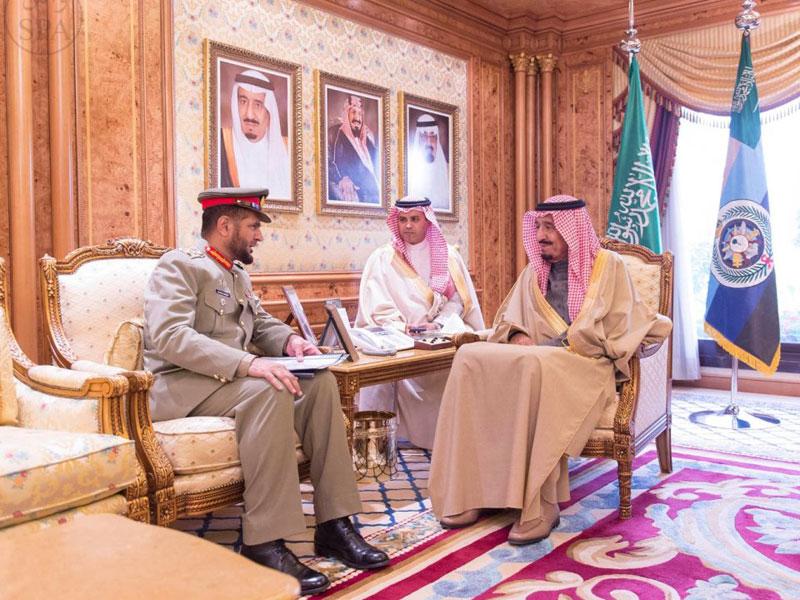 Saudi Crown Heir Receives Oldest Pakistani Officer