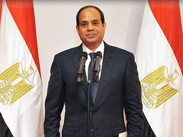 Egyptian President Makes First Official Visit to Kuwait